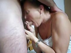 elle suce comme sa fille