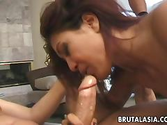 Kinky Miss gets a DP an is thrilled in an epic threesome