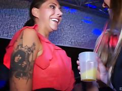 Dance party in a club quickly becomes a steamy orgy 10