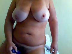 Chubby girl masturbating anal