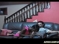 Ebony GF knows hot to please a guy