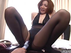 Gorgeous Asian vixen gets her hairy pussy jammed with a toy before giving a blowjob