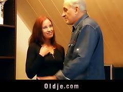 Hot redhead teen gives her bald honey pot to an older man