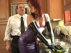 Nikki Hunter gets fucked & facialed in the kitchen in latex fetish vid