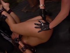 Rough lesbian trio along sleazy whores tube porn video