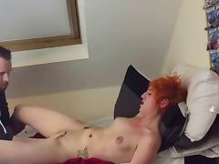 Redhead Amateur chick Hard Fingering