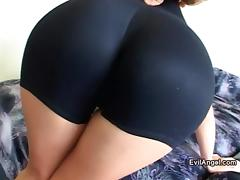 Playful babe gets her juicy cunt wrecked hard missionary style