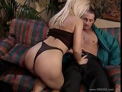Milf chick Dolly Golden gets fucked in a hot blowjob and bang action porn tube video