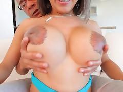Shemale Naomi Chi gets her butt penetrated and fucked