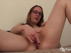 Cutie In Glasses Sierra Toying Her Cunt