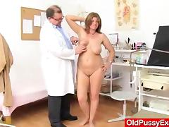 Wifey gyno in addition to dildoes and shag toys tube porn video