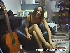She makes sweet music while sucking a musicians cock