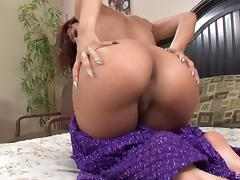 Luna Star loves sucking giant peckers right before she allows them tour her vulva