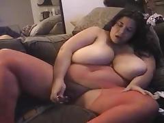 Samantha Slopes dildoes on cam