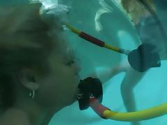 Pool pussy licking