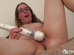 Sierra Cirque Juicy And Wet Hitachi Play In Solo.