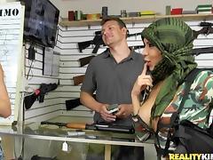 Gun, Shop, Undressing, Gun