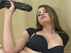 Angelic cougar with long hair getting smashed hardcore in closeup shoot