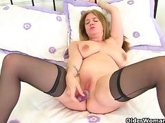 British milf Lily fucks herself with a dildo tube porn video