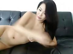 dates25com Asian cam girl with a hitachi