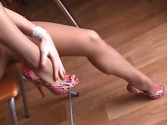 Long Legs In Sheer Nude Pantyhose porn tube video