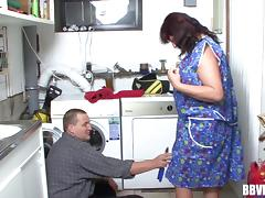 German granny fucks the handyman hardcore after blowing his boner porn tube video