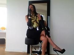 Smoking brunette - glamour tube porn video