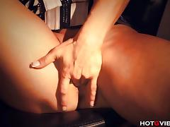 Mature Ginger Hell orgasmic because of vibrator