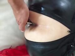 TOPBICHE robebut XXL in ass, latex catsuit... buttplug