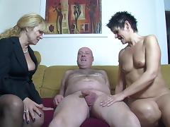 Inviting the short haired neighbor slut for a threesome