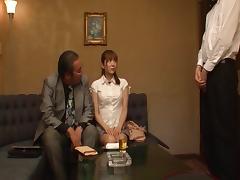 Big eyed Japanese girl Yuma Asami is a world class cocksucker