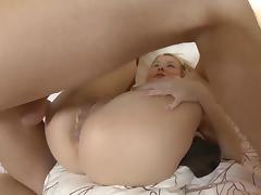 Sexy girl takes loads of cum in her ass