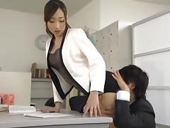 Asian secretary with a banging body bones a coworker porn tube video