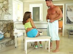 Cutie in sneakers has sex with a fat dick on the piano bench tube porn video
