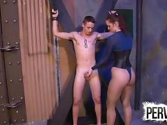 VIVIENNE LAMOUR MAKES TRISTAN SWEET CUM ON HER FISHNETS