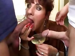 Mature in thresome tube porn video
