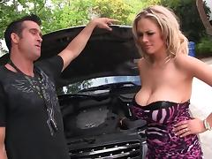 Katie Kox swallows a mechanic's cum to get her car fixed tube porn video