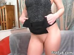 Blonde gets butthole fucked hard by that tube porn video