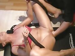 Wild Monster pussy fisting