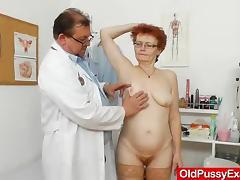 Wifey gyno with a redhead strumpet tube porn video