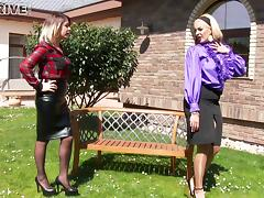 Wonderful outdoors clip along two lovely lesbians