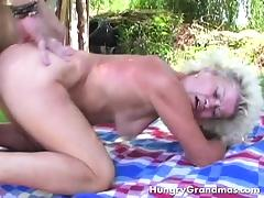 Gaping Granny Get Outdoor Pounding