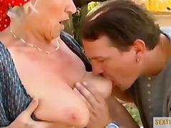 Oma (73) die Drecksau