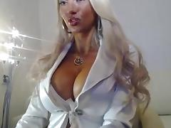 Blonde Shows Beautiful Tits On Cam