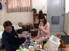 Dirty Asian housewife takes off her pantyhose and gets fucked