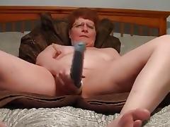 vieille salope se caresse porn tube video