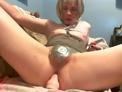 Amateur CD Maya Black riding toy porn tube video