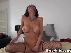 Veronica Avluv in MILFs Submit tube porn video