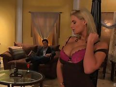 Guy pops Phoenix Marie right in her tight asshole and makes her cum tube porn video
