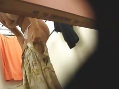 Usa Upskirts2 VIEWING Girls Fittingroom - NV